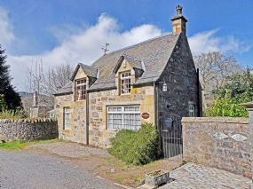 Tay Neuk Dog Friendly Cottage, Perthshire, Scotland | Pet Holiday Finder